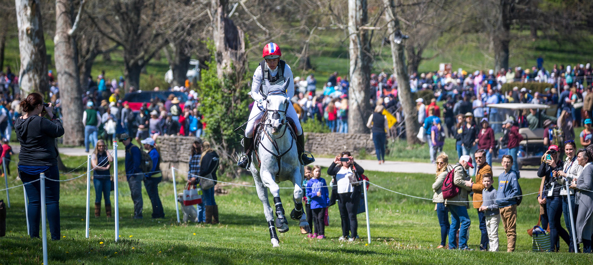 Tamra Smith (USA) and Wembley power through the Cross-Country phase of the 2018 Land Rover Kentucky Three-Day Event